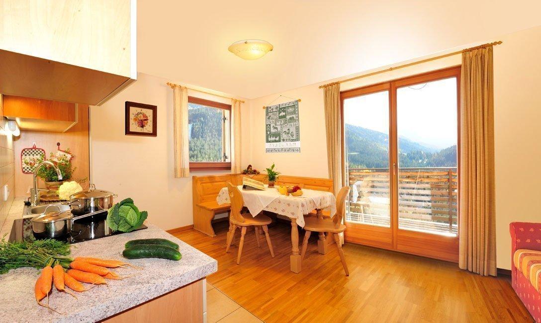 Agriturismo in val d ega dolomiti stadlalm for Appartamenti moderni piccoli
